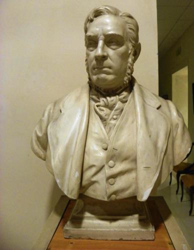 Busto di Giuseppe Beltrani (1885)